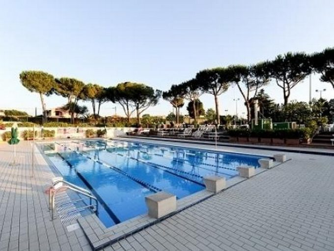 Tc New Country Club Frascati, i corsi di Scuola nuoto e acqua gym proseguono pure d'estate
