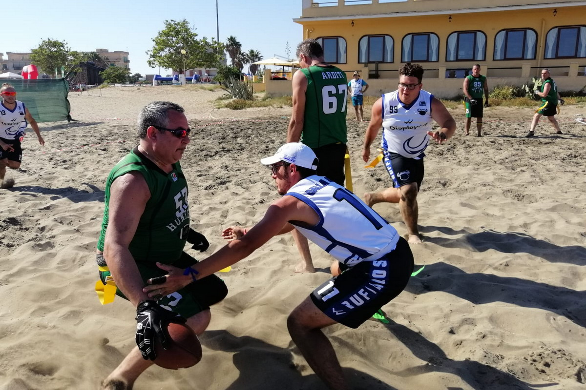 Ai Buffalos Latina il primo quadrangolare interregionale di Beach Flag Football