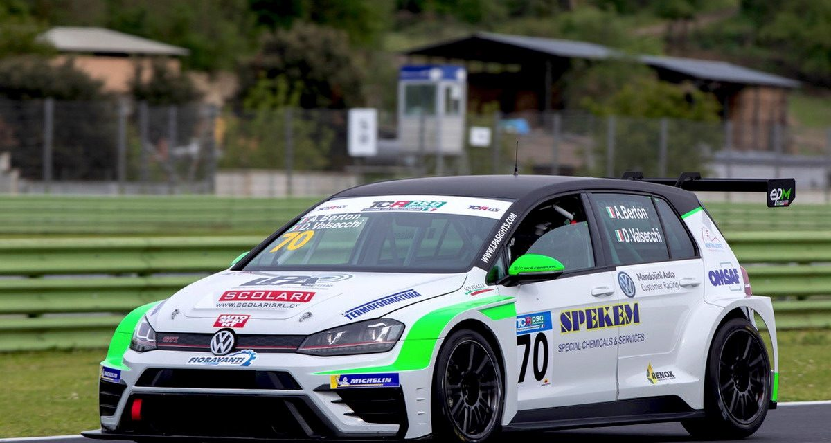 Rally, Elite Motorsport porta la Golf GTI TCR all'esordio in salita a Gubbio