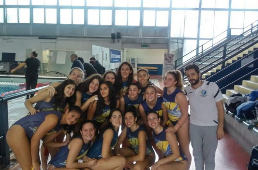 Pallanuoto, F&D Waterpolis, iniziano le partite: bene l'Under 17 femminile, primo ko per l'Under 15 maschile
